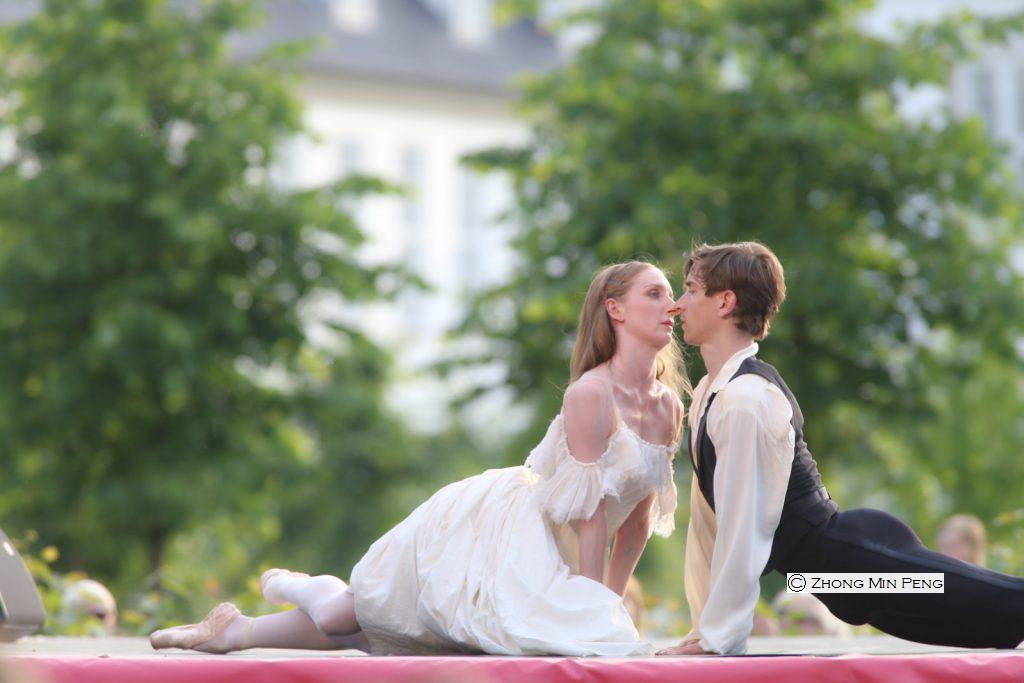 to ballettens dygtigste dansere