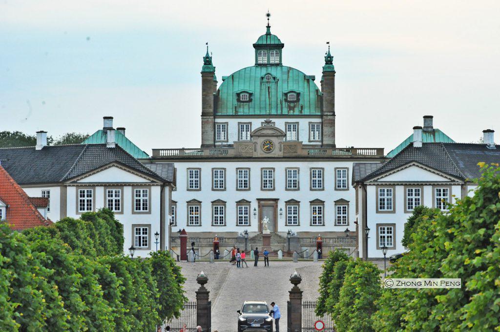 Fredensborg slot hovedindgang