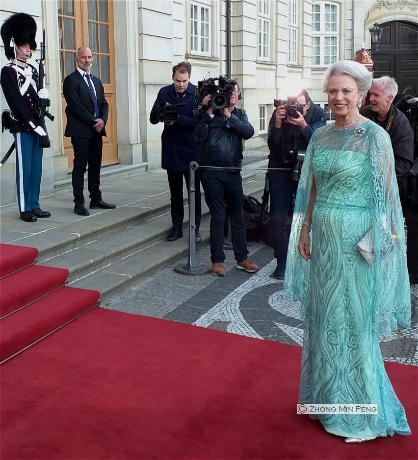 Hendes Kongelige Hoejhed Prinsesse Benedikte paa roed loeber
