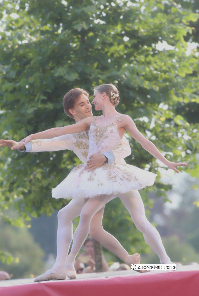 To balletdansere