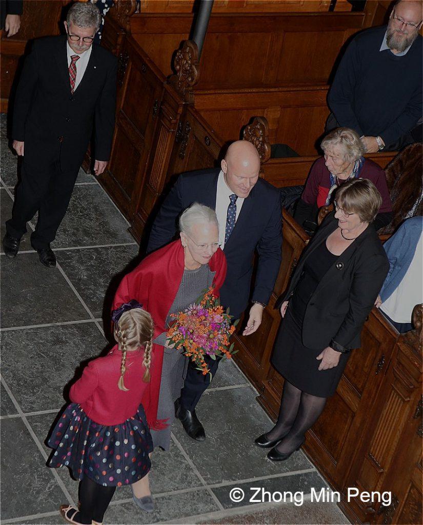 Dronningen er til stede ved koncert i anledning af Holmens Kirkes