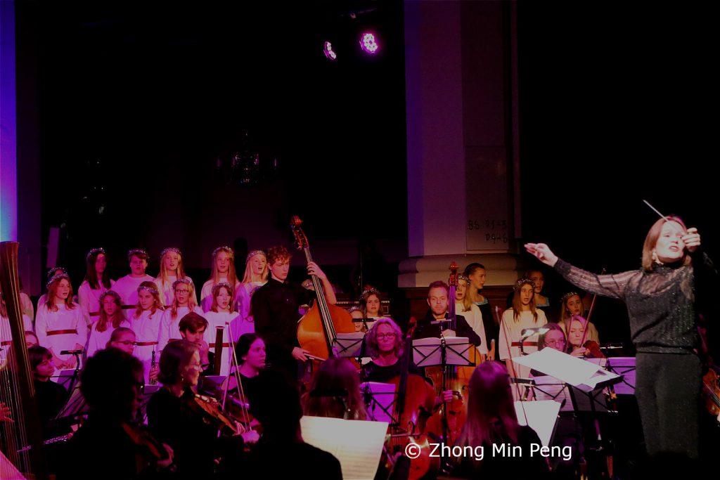 Dirigent med kor