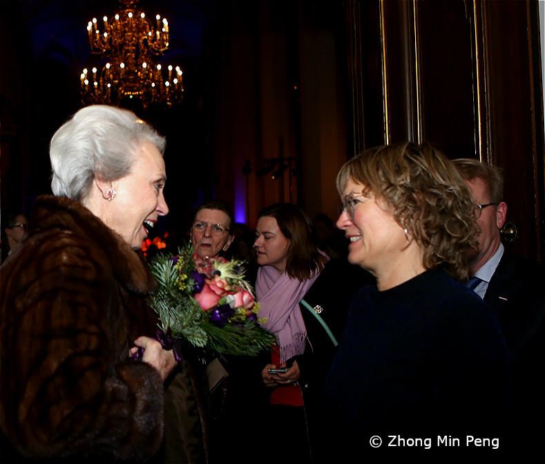 Prinsesse Benedikte hilser